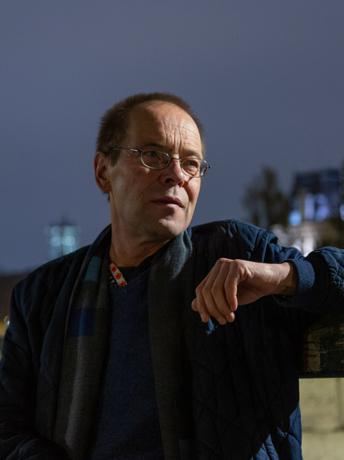 Valdas Papievis ©Arūnas Baltėnas web portrait